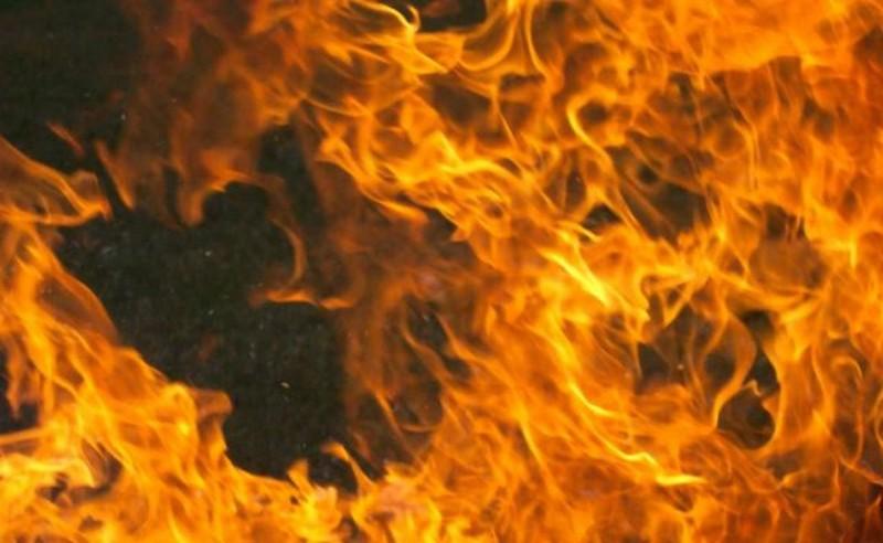 У селі Розівка, що біля Ужгорода, ввечері загорівся будинок