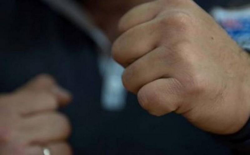 Зламав патрульному ніс: в Ужгороді судитимуть чоловіка, який побив правоохоронця