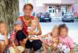 Від матері, яка била та обпікала розпеченою ложкою прийомного сина, хочуть вилучити інших дітей