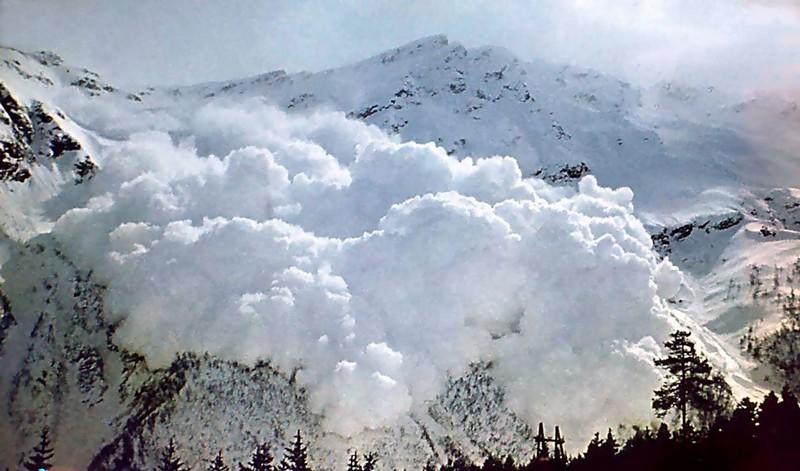 Рятувальники попереджають про небезпеку, яка чатує у горах Закарпаття та Івано-Франківщини