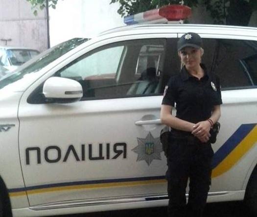 Смерть за дивних обставин: родичі дівчини-поліцейської вперше оприлюднили моторошні фото її тіла