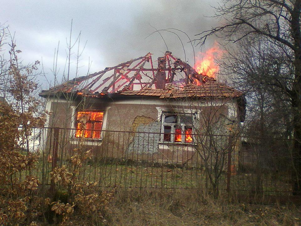 У селі Станово на Мукачівщині згорів будинок. На пожежі загинув власник житла