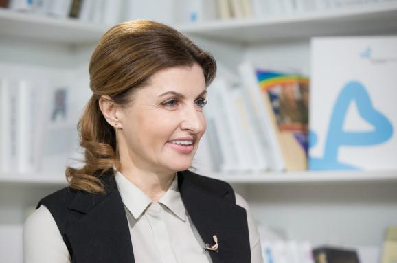 Марина Порошенко у Мукачеві: усі подробиці візиту Першої леді у місто над Латорицею
