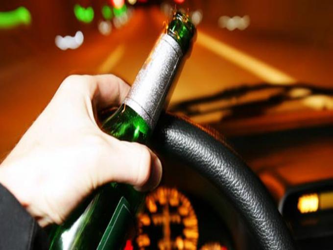На Мукачівщині між селами Іванівці-Жуково зупинили водія у стані сильного алкогольного сп'яніння