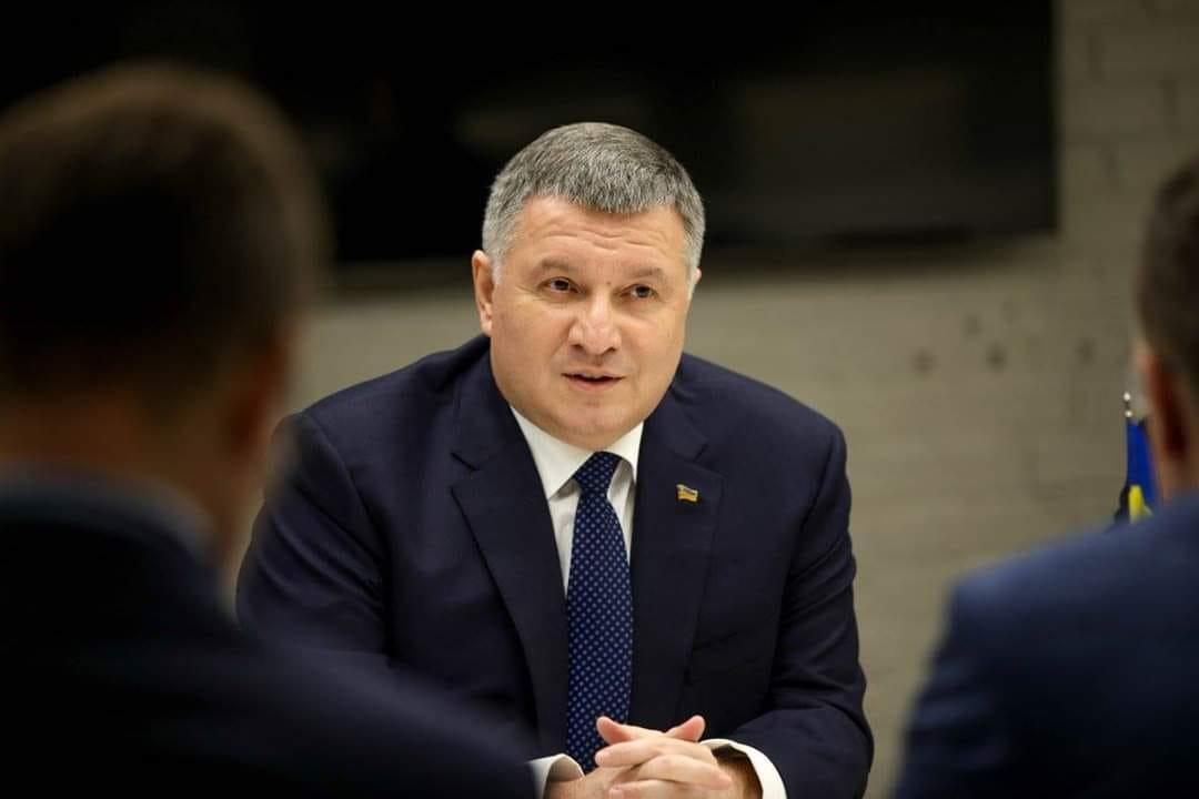 Міністр внутрішніх справ України Арсен Аваков розповів про штрафи за порушення ПДР та їх відеофіксацію