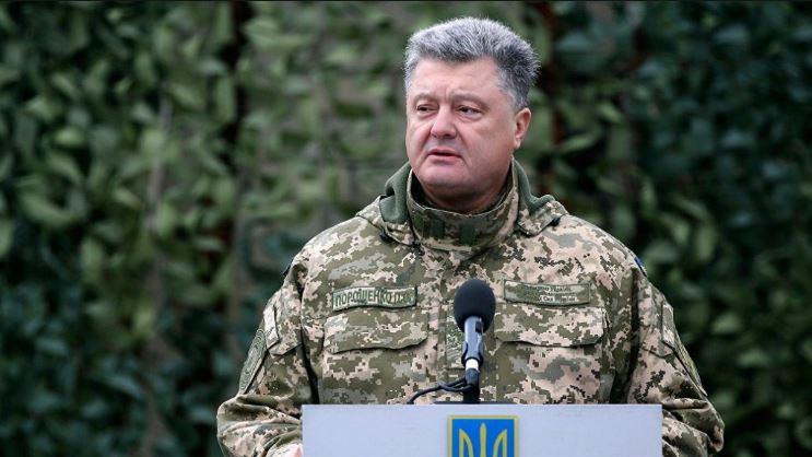 Президент України Петро Порошенко розповів, в які бригади пішов би служити