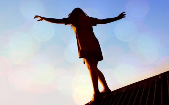 В Ужгороді жінка намагалася стрибнути з даху