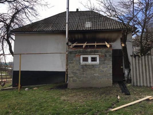 За добу горіли два житлові будинки