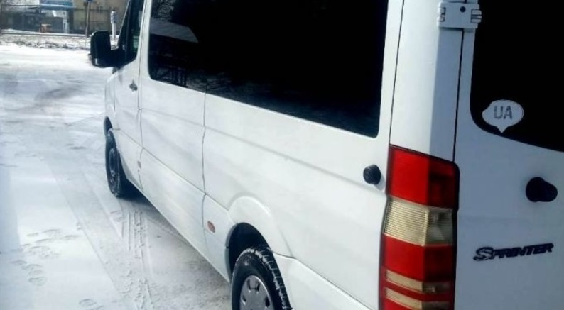 Мікроавтобус Ясіня–Ужгород потрапив у ДТП: постраждали пасажири
