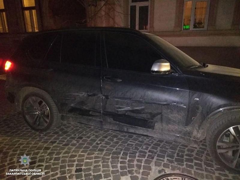 21 березня у центральній частині Мукачева сталася ДТП. Винуватець утік