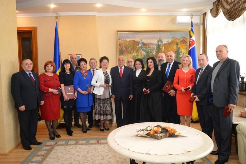 15 закарпатців отримали ордени, медалі, грамоти, подяки й почесні звання від Президента України, Кабінету міністрів та облдержадміністрації