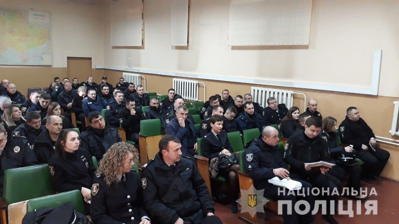 Поліція 29 березня заступила на охорону виборчих дільниць