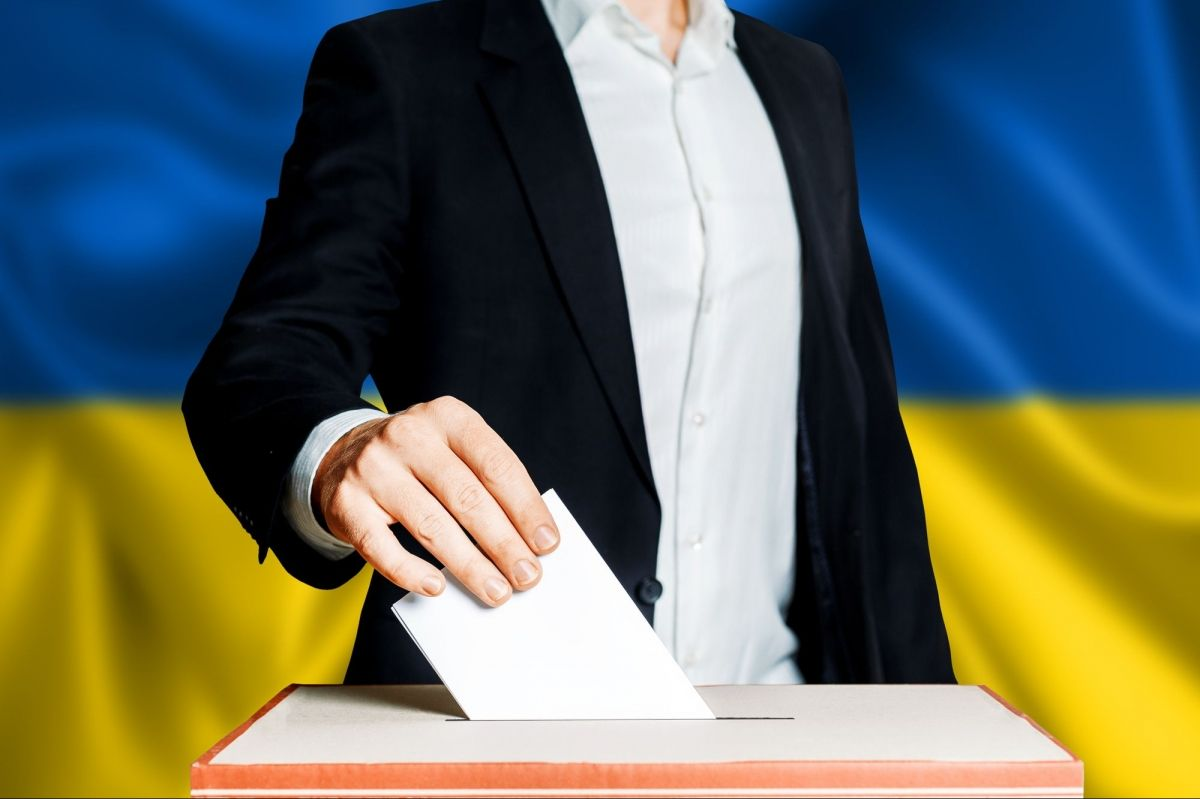 Як проходять вибори в Мукачеві: коментар голови ОВК ТВО №69 Марина Марценюк