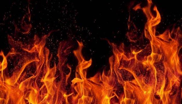 В Ужгороді у п'ятиповерхівці на вулиці Дорянського спалахнула пожежа