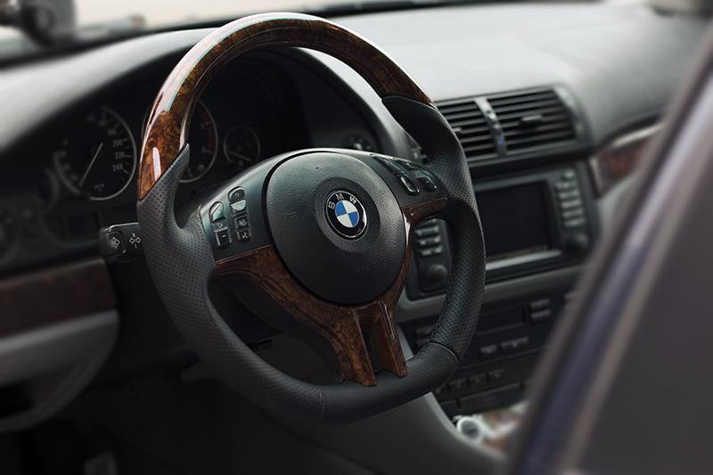У Мукачеві вночі вкрали BMW X6