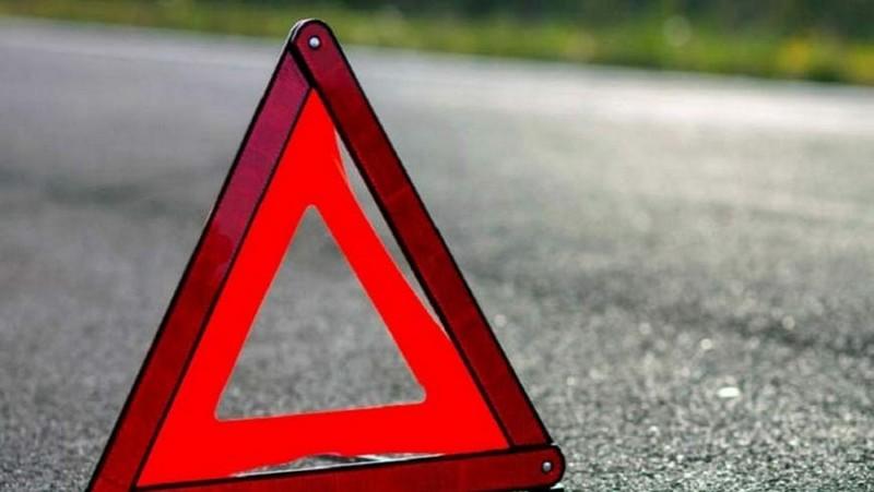 Мотоцикл врізався в огорожу будинку у селі Туриця Перечинського району