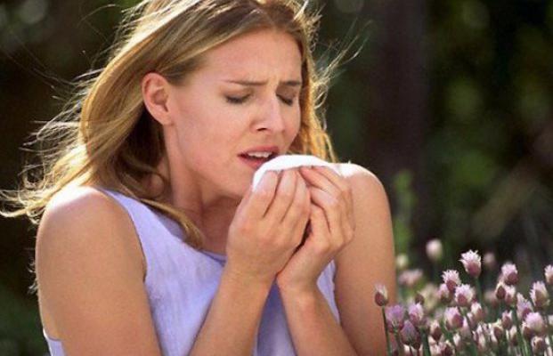 Закарпатці масово звертаються до лікарів через сезонну алергію