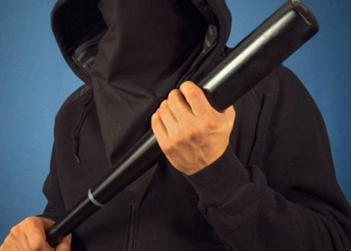 Напали на чоловіка та побили битами: у Мукачеві сталась жорстока бійка