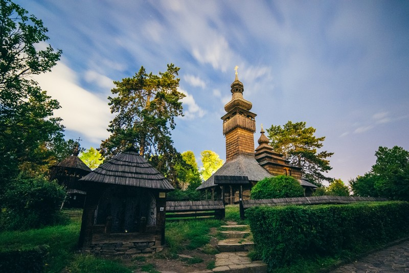 В Ужгороді до Пасхи відкриють унікальну виставку сучасного українського іконопису та писанкарства