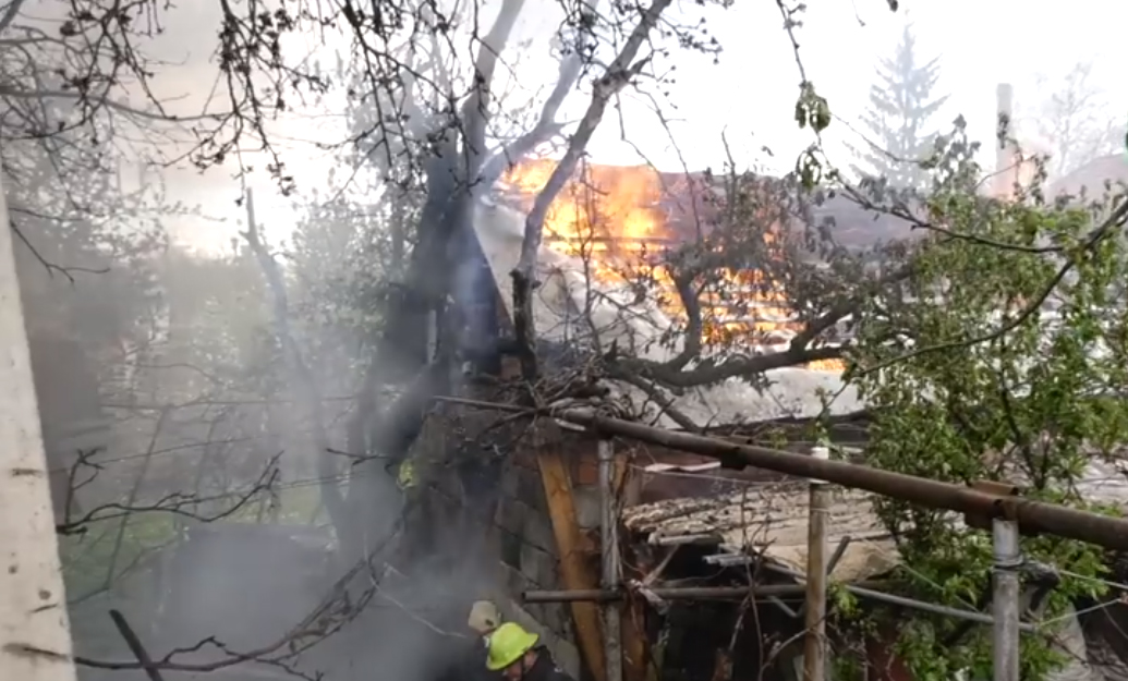 Позаду МДУ у Мукачеві трапилась пожежа