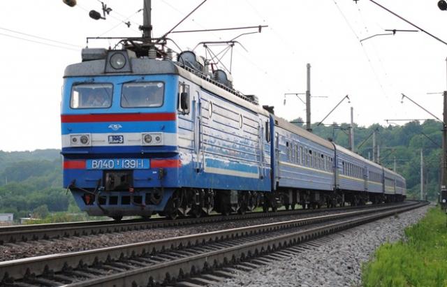 """Графік руху потяга """"Мукачево–Сянки"""" зазнає тимчасових змін 24 квітня"""