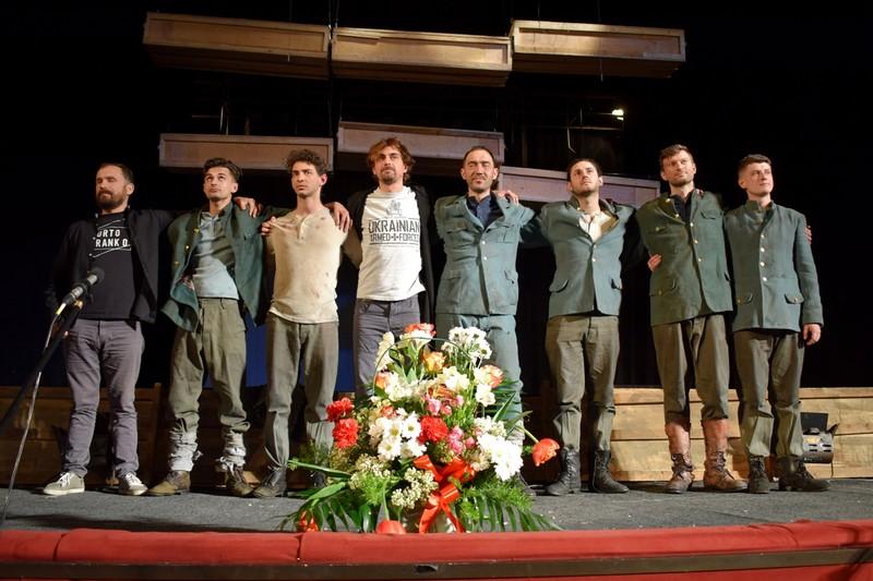 В Ужгороді завершився театральний фестиваль Під цвітом сакури