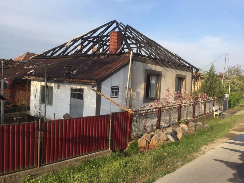 7 вогнеборців гасили пожежу у селі Сільце на Іршавщині