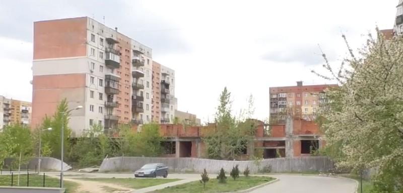 У Новому районі в Ужгороді на дітей чатує небезпека. Один хлопчик вже отримав закриту черепно-мозкову травму
