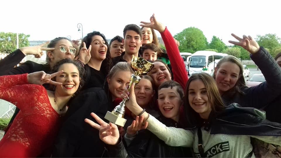 """Мукачівський хор """"Співаночка"""" здобув найвищу нагороду Міжнародного фестивалю """"Голос-2019"""" у Франції"""