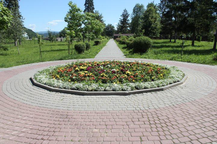 Інцидент у парку Перемоги в Мукачеві: чим закінчився конфлікт між дітьми і охороною