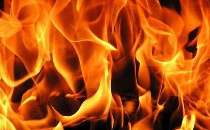 В одній із багатоповерхівок Ужгорода на вулиці Заньковецької загорілася квартира