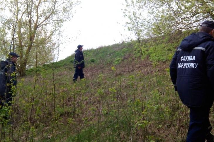 Рятувальники призупинили пошуки хлопця із села Ільниця, який зник тиждень тому