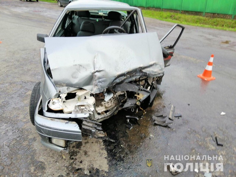 У Мукачівській ЦРЛ помер один із чоловіків, які вчора потрапили у жахливу аварію