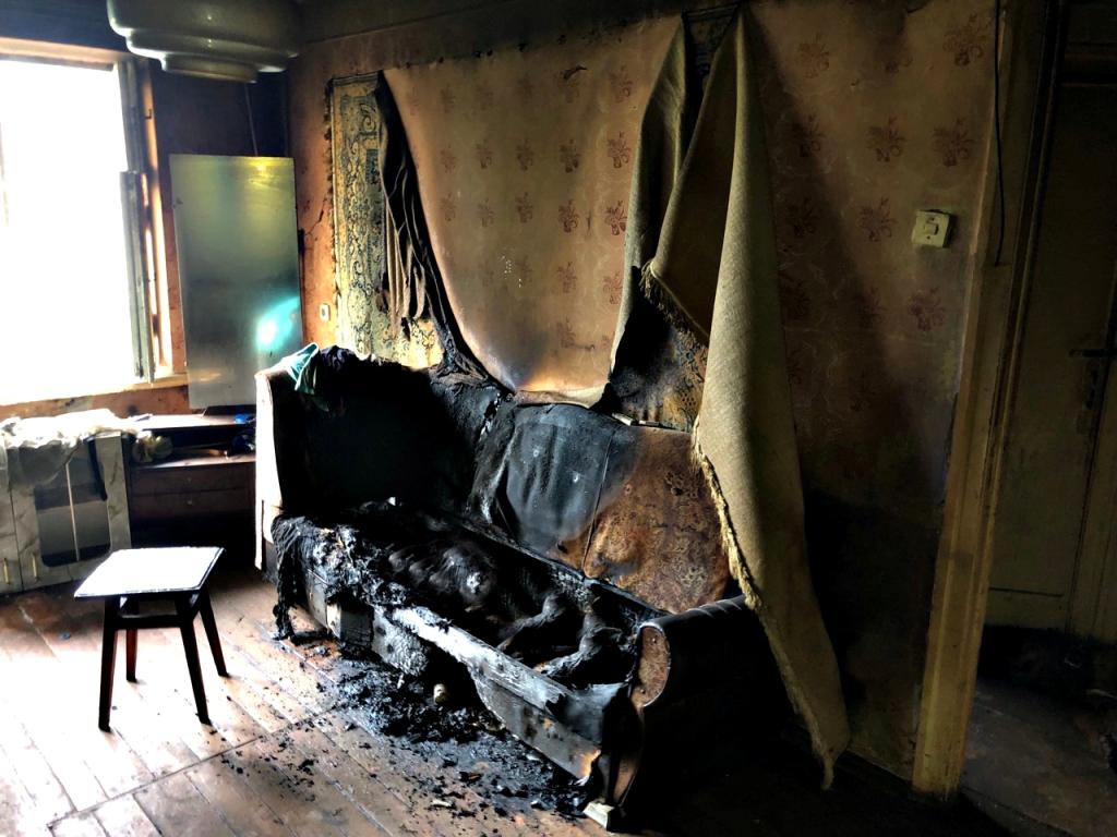 Під час ліквідації пожежі, чопські вогнеборці виявили тіло літньої жінки