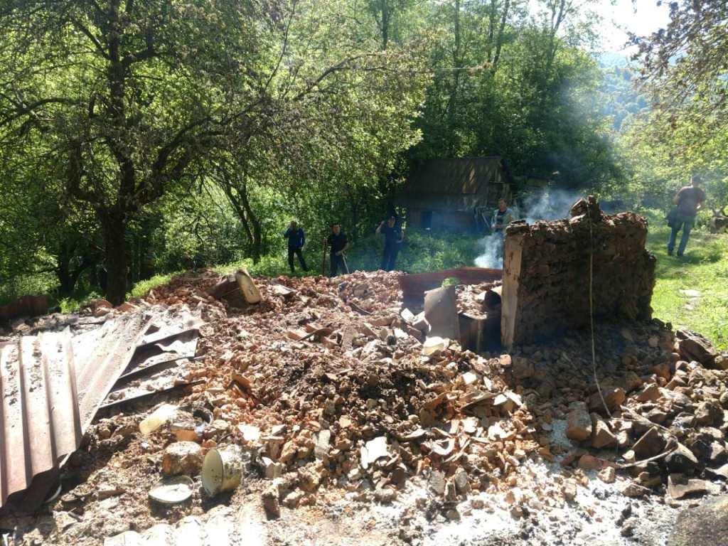 На Закарпатті через пожежі дві людини загинули та ще двоє опинилися на лікарняних ліжках