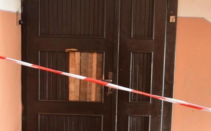 Під час побутового конфлікту мукачівець ножем спричинив тілесні ушкодження своєму гостеві
