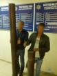З будівлі залізничного вокзалу в Ужгороді двоє чоловіків вкрали металеві труби