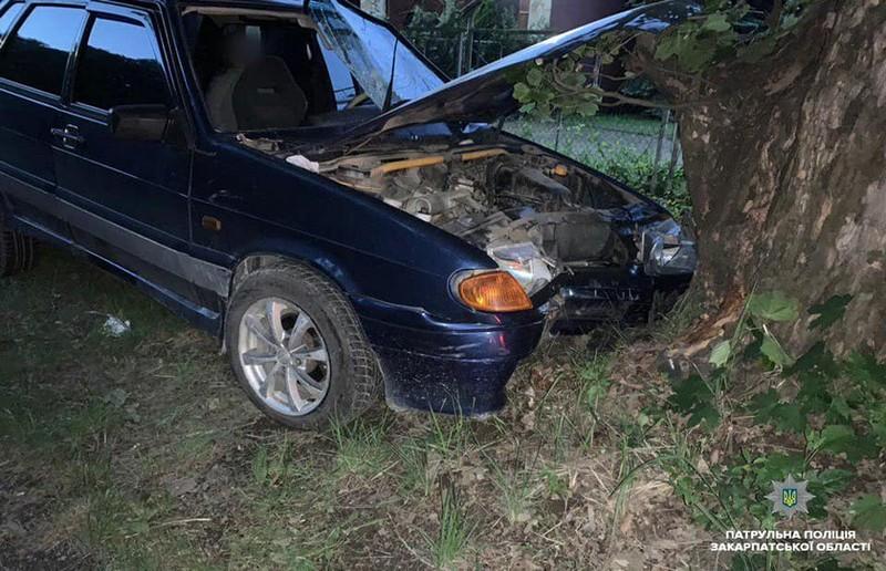 П'яна жінка скоїла аварію в Ужгороді на Слов'янській набережній