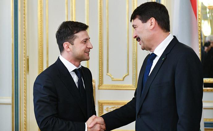 Президент Угорщини заявив, що переговори із Зеленським були обнадійливими