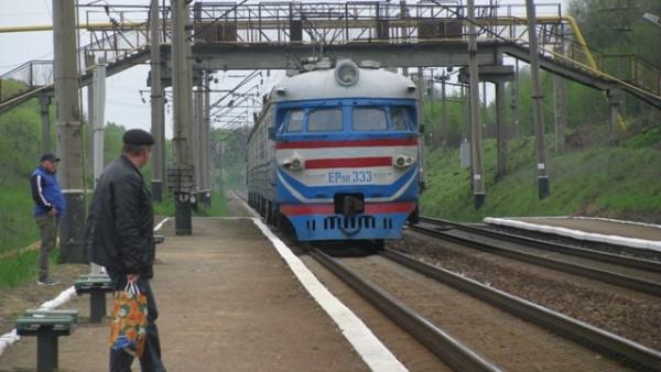Закарпатців попереджають про тимчасові зміни у розкладі руху приміських потягів