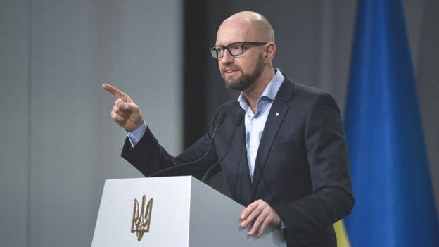 Арсеній Яценюк згадав своє прем'єрство, розмірковуючи про дефолт
