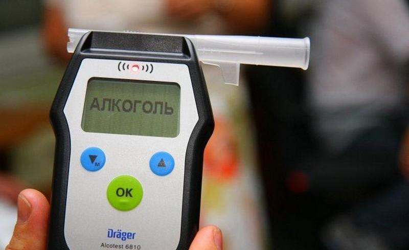 На Закарпатті поліція двічі за добу зупинила одного й того ж п'яного водія з Мукачівщини