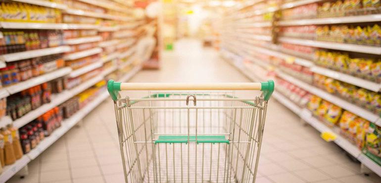 У Мукачеві в супермаркеті вкрали продукти харчування
