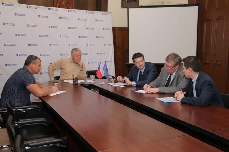 У Мукачеві побували чеські дипломати Павел Пешек і Ігор Шедо