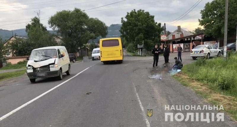 Смертельна ДТП: у селі Невицьке, що біля Ужгорода, мікроавтобус наїхав на пішохода