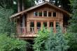 На Тячівщині туристам пропонують пожити в незвичному будиночку