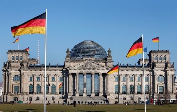Німеччина змінює умови праці для іноземців