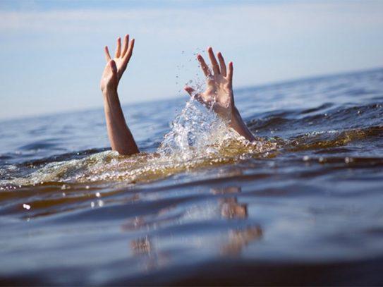 Водолази шукають ймовірного утопленика в Ужгороді в кар'єрі