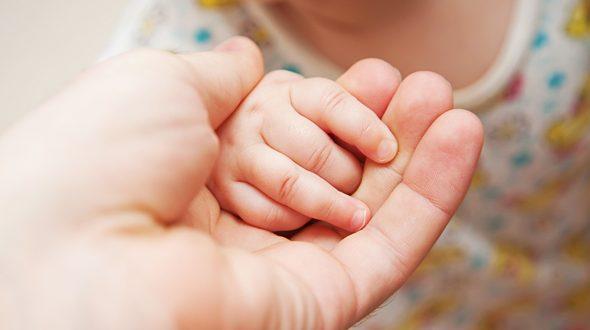 У Мукачеві всиновлять малюка, якого нещодавно покинула рідна мати