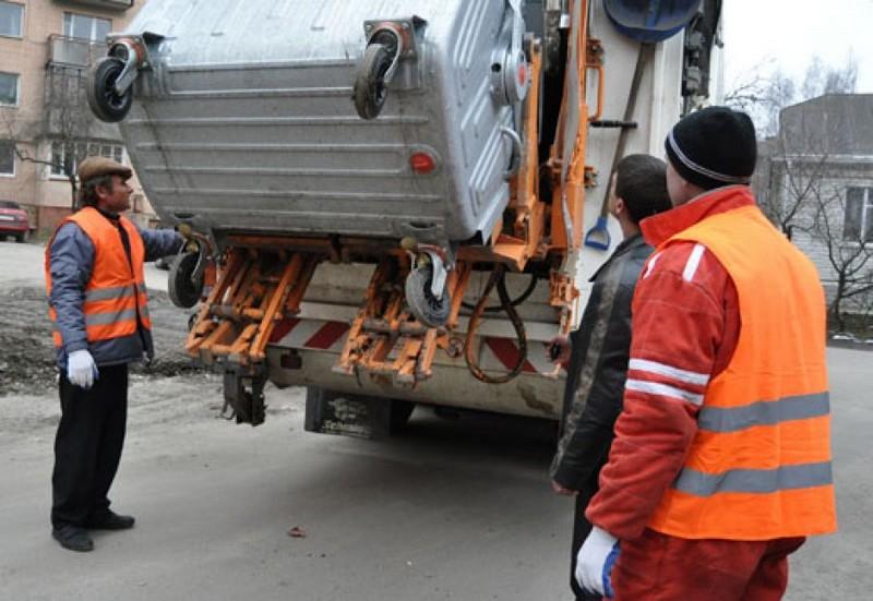 З 1 липня на мешканців Мукачівщини чекає підняття цін за вивіз сміття